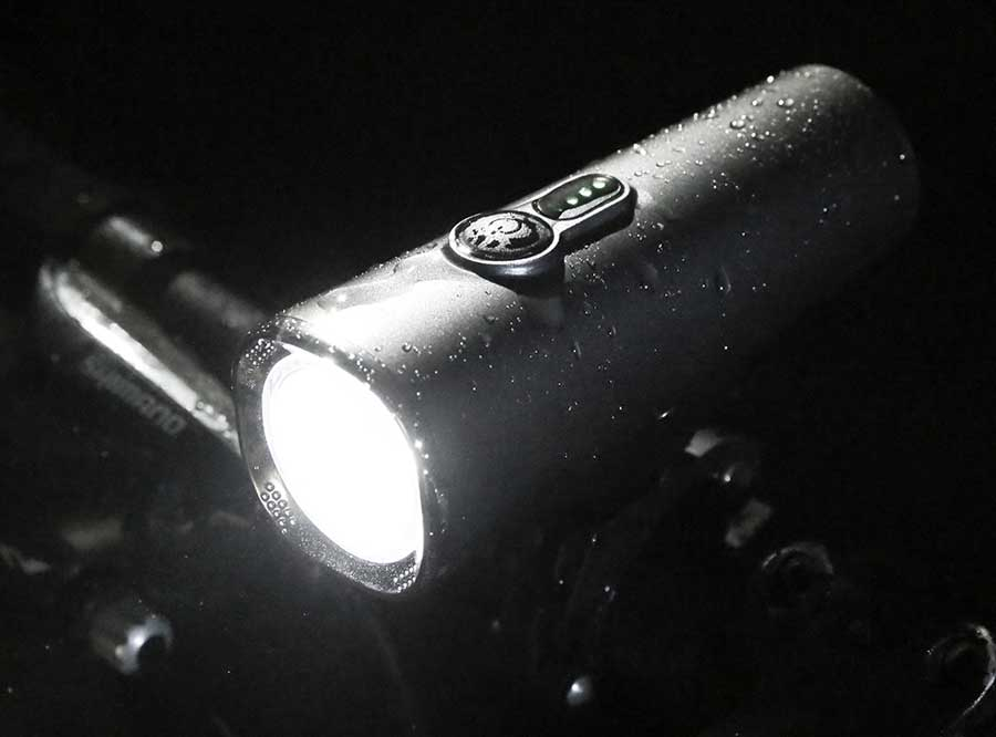 LF-06 600 Lumen USB rechargeable bicycle headlight