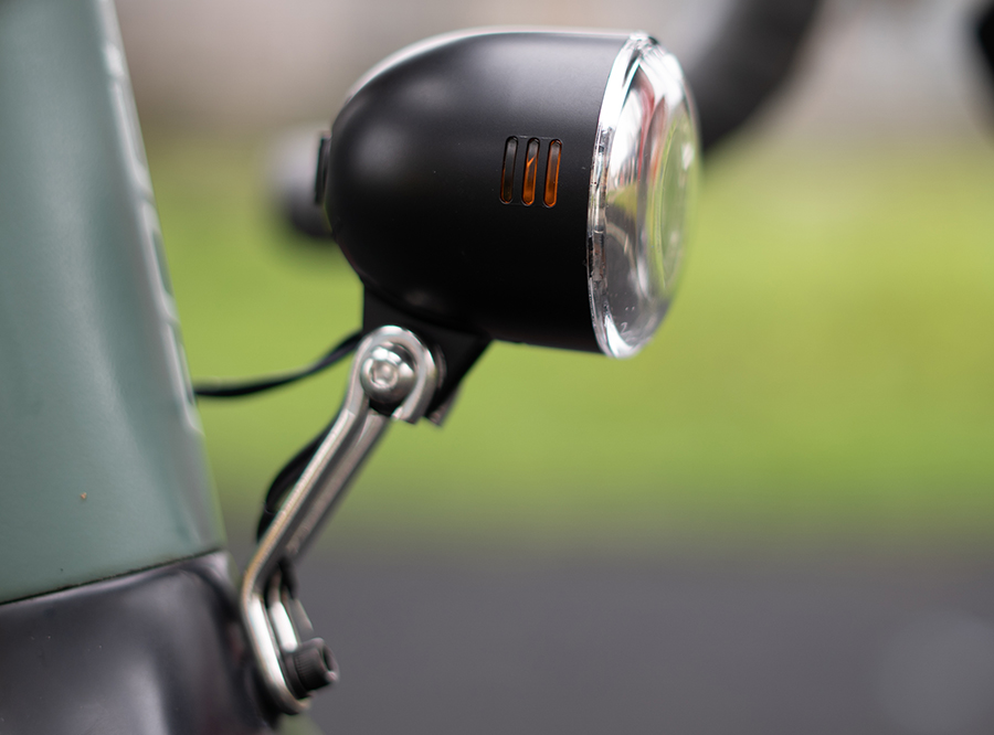 C4 Sate-Lite e-scooter/ ebike/ bicycle front lamp/ dynamo bike light