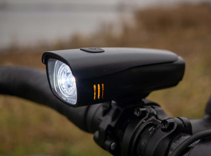 LF-10A Sate-Lite rechargeable bicycle headlight with close range zone design